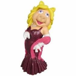 Muppets Statue Miss Piggy