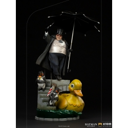 DC Comics: Batman Returns - The Penguin Deluxe 1:10 Scale