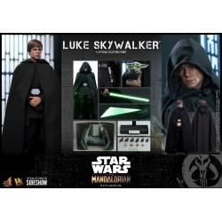 Hot Toys The Mandalorian - Luke Skywalker 1:6 Scale Figure 30cm